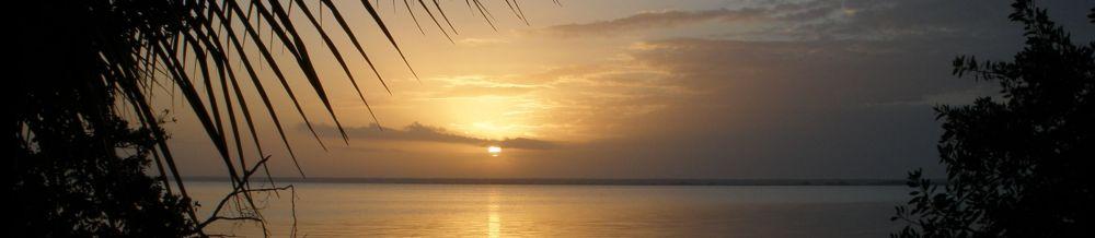 Laguna Sunrise panorama © John Lamkin